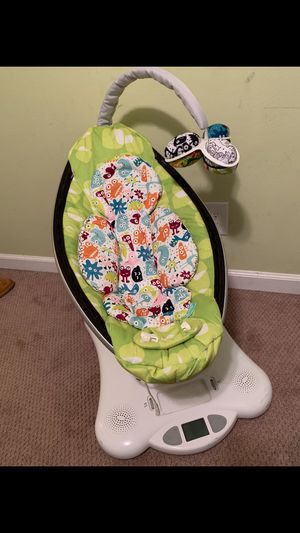 Electric baby swing for Sale in Smyrna, GA