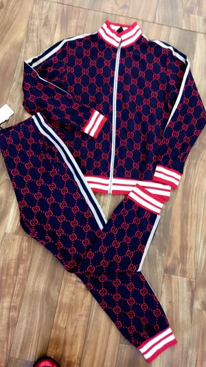 Gucci Suit for Sale in Cincinnati, OH