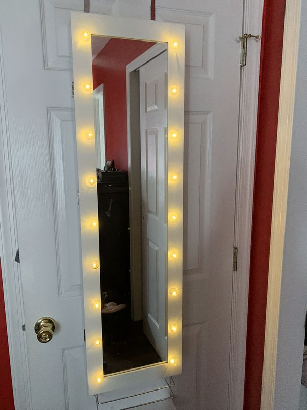 Make up hanging storage mirror