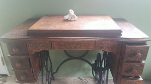 Set of antique sewing machine treadal for Sale in Mountain View, HI