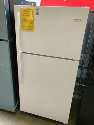 <//>Frigidaire white top mount refrigerator #//#️ for Sale in Chandler, AZ