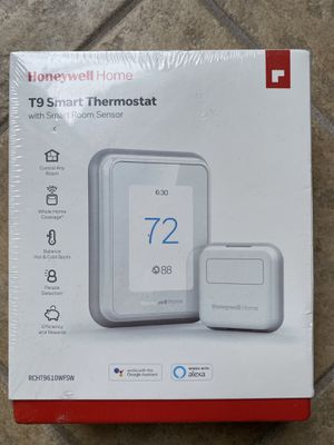 New Honeywell Home T9 Smart Thermostat w/SMART ROOM SENSOR for Sale in Hammond, IN