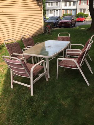 Big. Patio set for sale in very good condition Big table 6 chairs for Sale in Silver Spring, MD