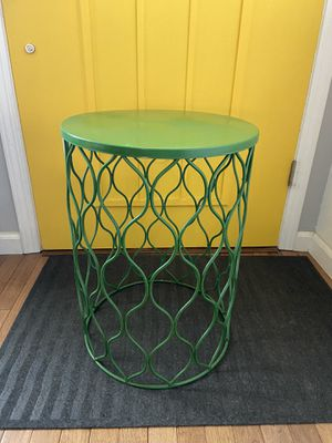 Metal End Table or Plant Stand for Sale in Oceanside, CA