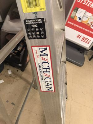 8' ladder - Michigan brand for Sale in Vienna, VA