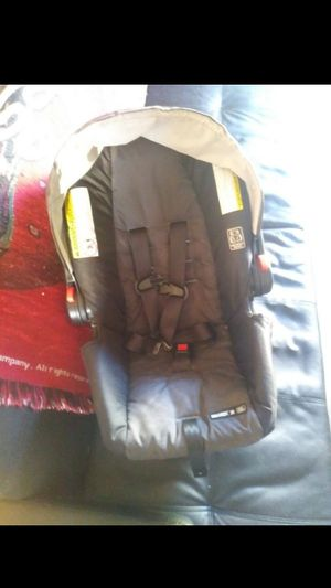 Newborn car seat for Sale in O'Fallon, MO