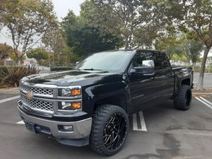 2015 SILVERADO LT 1500 CREW CAB 50.K MILES LIFTED NEW WHEELS for Sale in San Leandro, CA