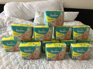 Pampers swaddlers Size N for Sale in Tampa, FL