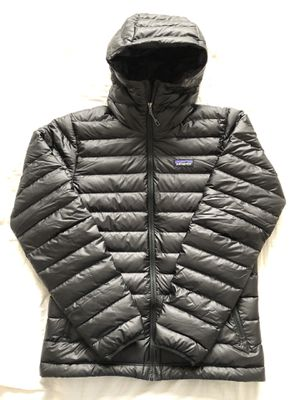 Patagonia Men's Down Sweater Hoody Size Small for Sale in Salt Lake City, UT