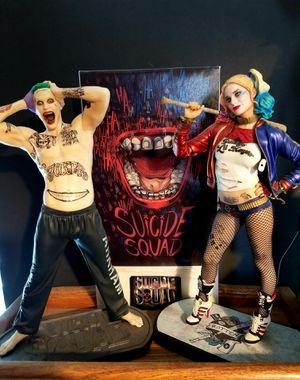 Harley Quinn Suicide Squad Joker not Hot Toys DC collectibles original Flawless like new with Packaging for Sale in Cypress, CA