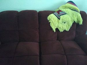 Recliner chair recliner sofa like new for Sale in Cuyahoga Falls, OH