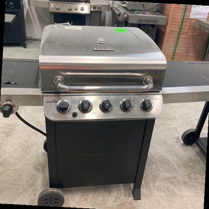 Charbroil Gas Griller 463347518 KM for Sale in Grand Terrace, CA