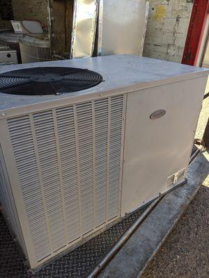 2011 Carrier 3 ton AC Package Unit Heat Pump. R410a for Sale in Tempe, AZ