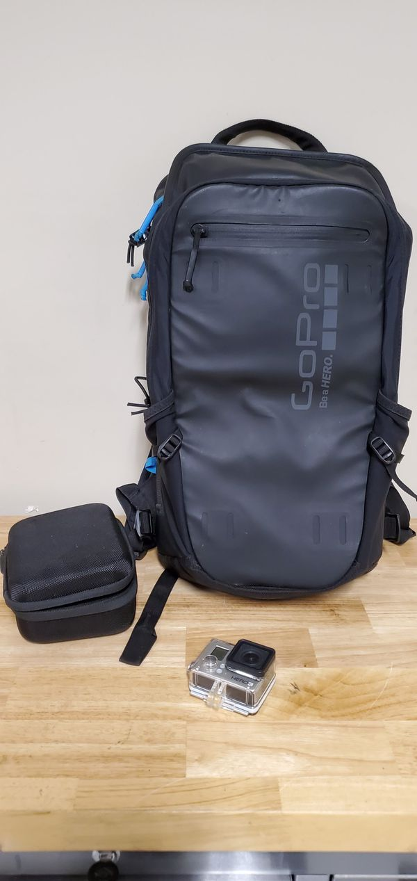 Gopro hero 3 w backpack .. great condition!!