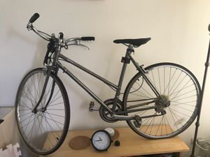 Bike with free lock and Inflator. for Sale in Chicago, IL