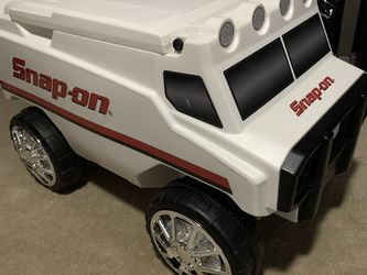 Snap-On Remote Control Motorized Cooler for Sale in Fresno,  CA