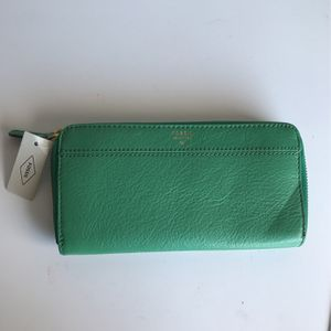 Fossil Green Wallet for Sale in Corona, CA