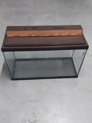 29 - 30 gallon fish tank with hood / light / and filter for Sale in Chicago, IL