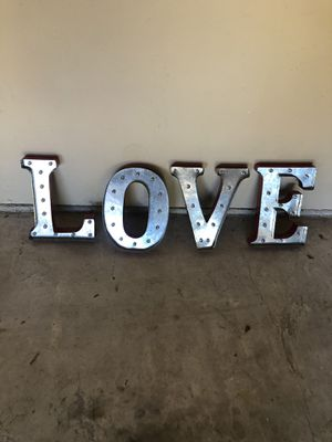"""Ventage """"red"""" LOVE hanging letters that light up for sale!! for Sale in Lakewood Village, TX"""