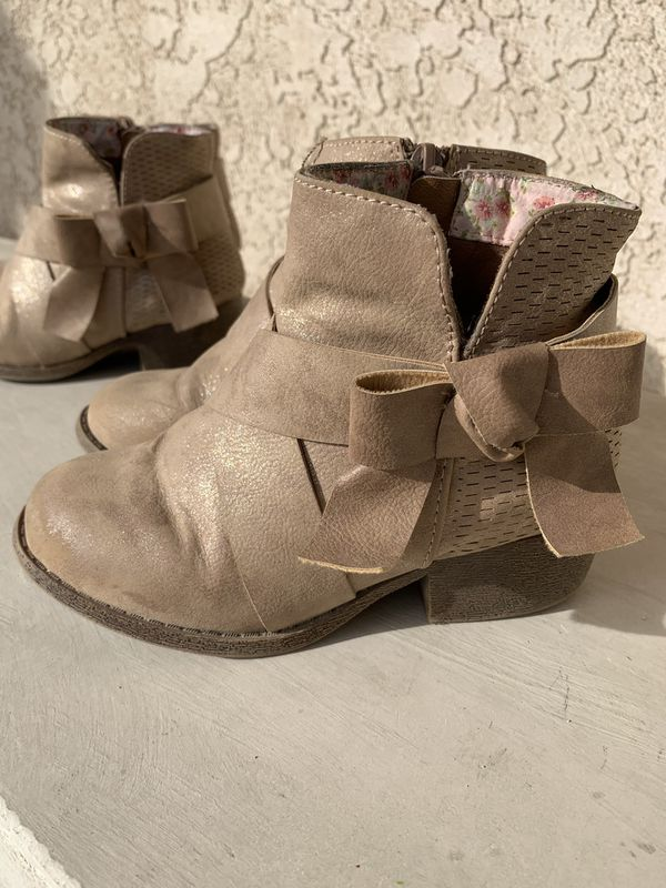 Little girl boots- Size 12