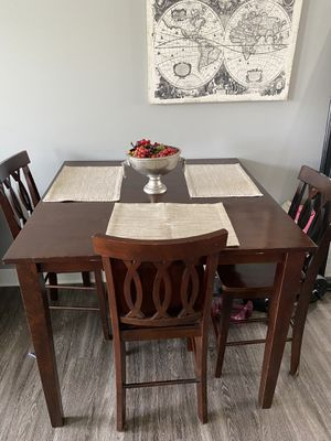 Dining Room Table for Sale in New Albany, OH