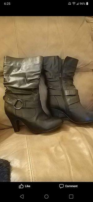 Women's boots for Sale in Wichita, KS