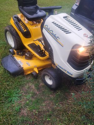 2007 cub cadet super lt 1554 lawn mower for Sale in Powdersville, SC