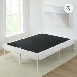 Box Spring Cal King for Sale in Cleveland,  OH