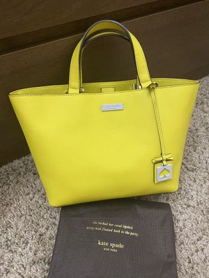 Kate Spade Small Yellow Tote Bag (99% New) for Sale in Claremont, CA