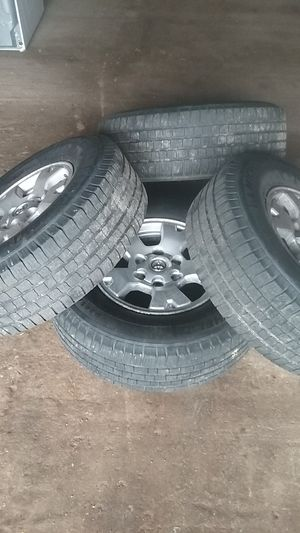 245 75r 16 on Toyota 6 lug rims for Sale in Gray Court, SC