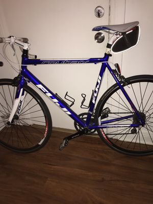 Fuji roubaix 3.0 road bike , no problems I'm the first owner , message me for more info for Sale in Los Angeles, CA