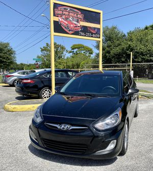 Hyundai Accent 2013 for Sale in Kissimmee, FL