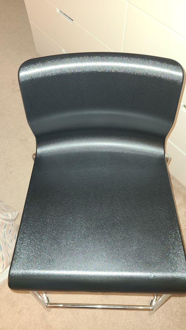 2 ikea bar stool