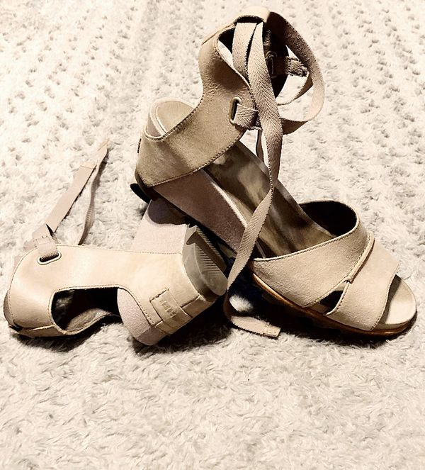 Sorel Joanie Wrap Wedge Sandal paid $150 size 12 Like New! No signs of wear. Women's Leather Sahara Shoes