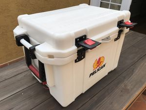Pelican 45qt cooler for Sale in San Diego, CA