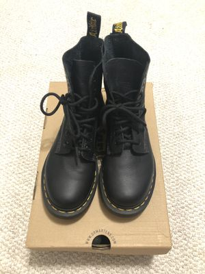 Dr. Martens Pascal Virginia - Size 5 for Sale in Temple City, CA