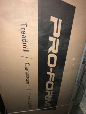 ProForm performance 400i treadmill (BRAND NEW) for Sale in Buffalo, NY
