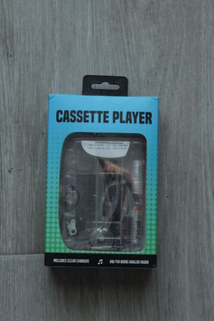 UO Clear Cassette Player with Radio & Earbuds for Sale in Port St. Lucie, FL