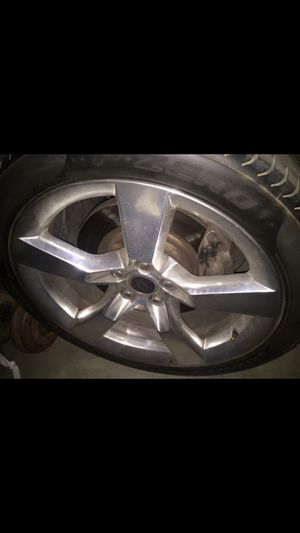 Camaro ss rims for Sale in Victorville, CA