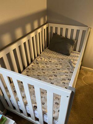 Baby crib for Sale in Romeoville, IL