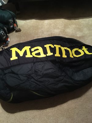 Marmot 30 degree sleeping bag for Sale in Falls Church, VA