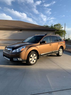 2011 Subaru Outback LOW MILES for Sale in Mesa, AZ