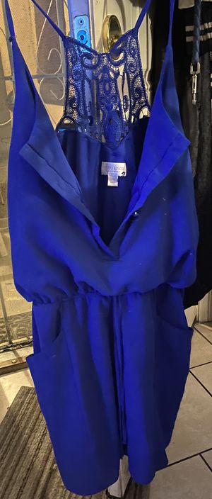 Preowned woman's size 18 royal blue mini dress located off lake mead and jones area asking $3 for Sale in Las Vegas, NV