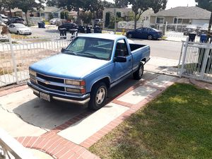 1996 chevy Silverado for Sale in Los Angeles, CA