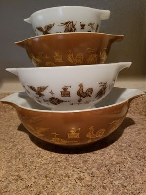 4pc early American pyrex Cinderella bowls set for Sale in Las Vegas, NV