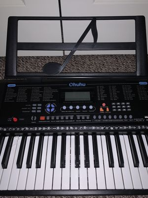 Musical instrument ( Intermediate Piano Keyboard ) for Sale in Houston, TX