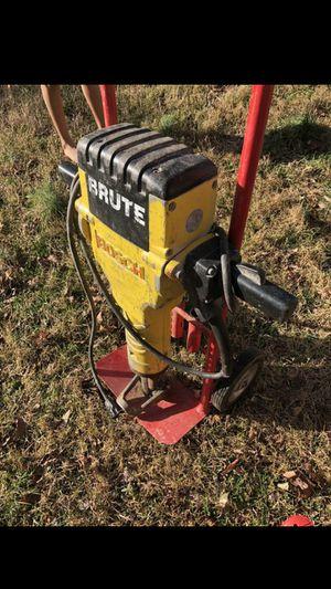 Yack hammer bosh incluye el carrito y 2 puntas for Sale in Alexandria, VA