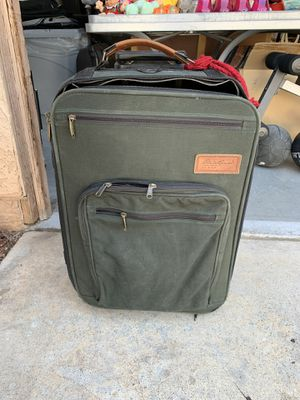 Eddie Bauer suitcase for Sale in Las Vegas, NV