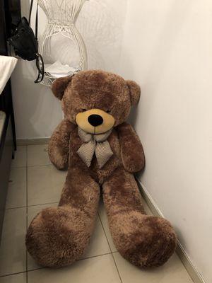 Giant teddy for Sale in Miami, FL