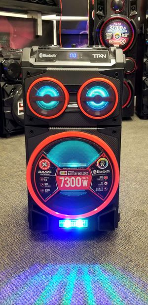 """10"""" speaker with bluetooth, FM radio, USB connection, rechargeable battery, microphone included, and LED lights. Brand New. Nationwide for Sale in Miami, FL"""